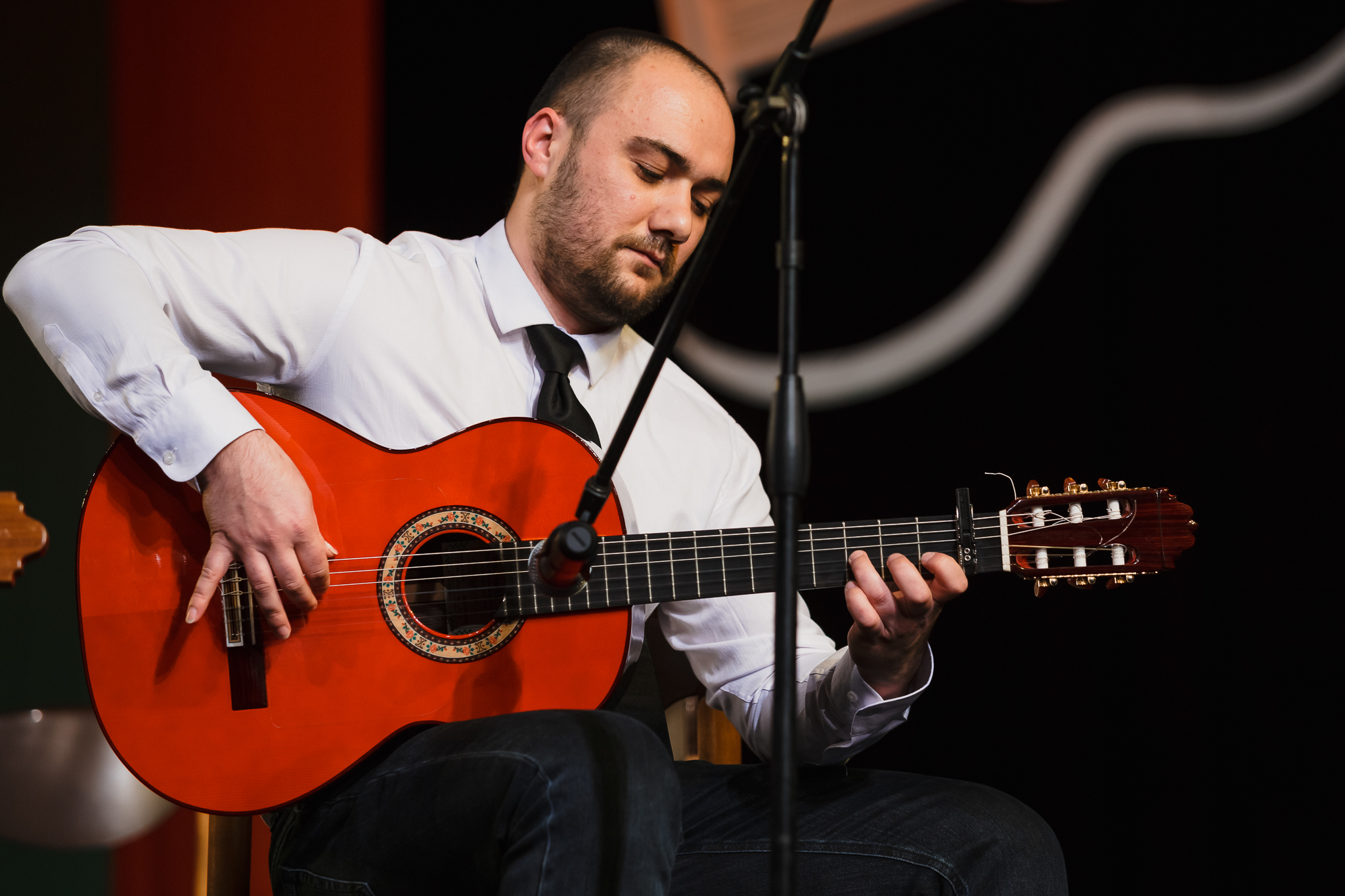 Димитър Тонев - учител по китара